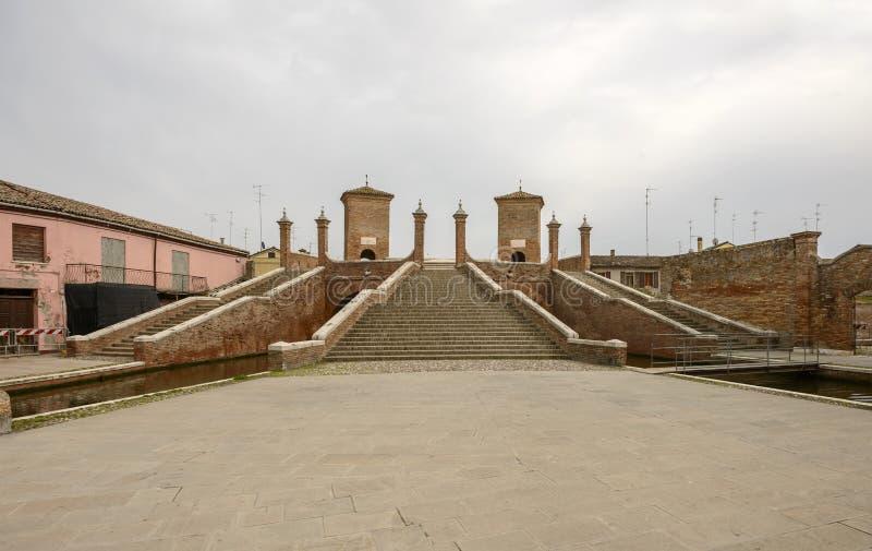 Δυτική πλευρά γεφυρών ` Trepponti `, Comacchio, Ιταλία στοκ φωτογραφίες