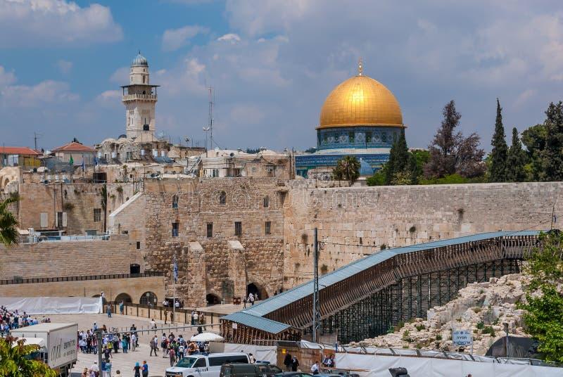 Δυτικοί τοίχος & θόλος του μουσουλμανικού τεμένους Al Aksa ανωτέρω, Ιερουσαλήμ, Ισραήλ στοκ φωτογραφία