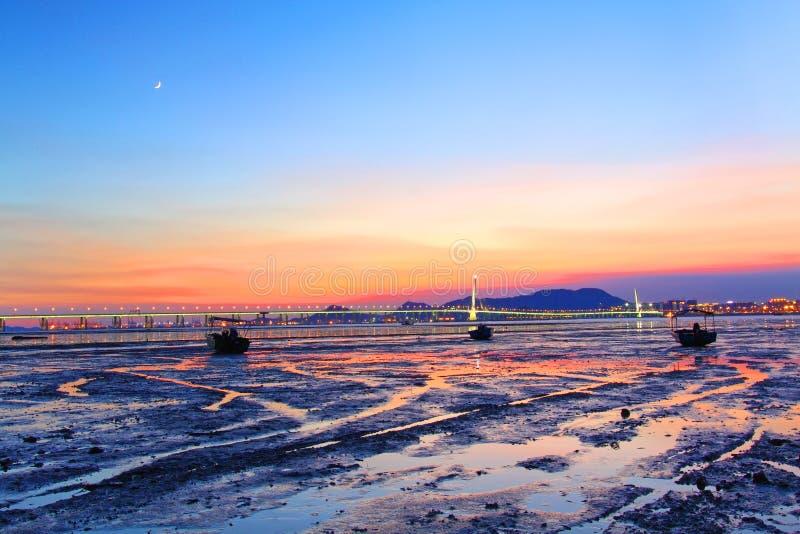 Δυτικός διάδρομος του Χογκ Κογκ Shenzhen στο ηλιοβασίλεμα στοκ εικόνα