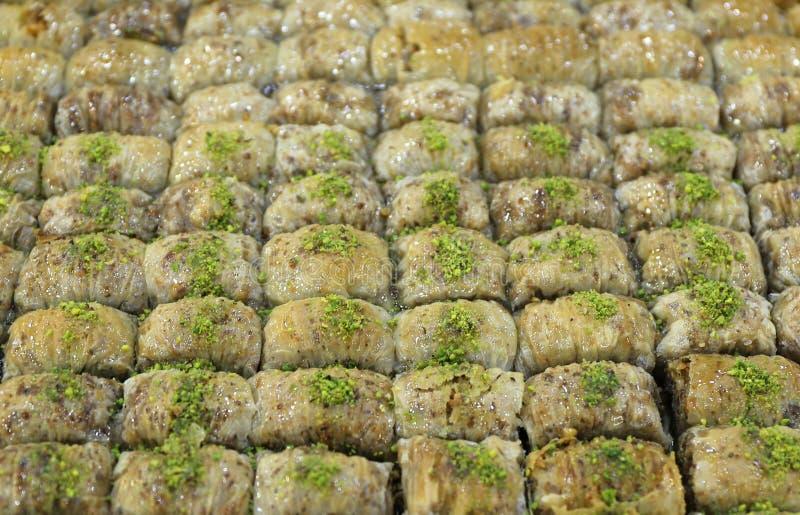 Δωδεκάδες Baklavas με τα φυστίκια στοκ φωτογραφία με δικαίωμα ελεύθερης χρήσης