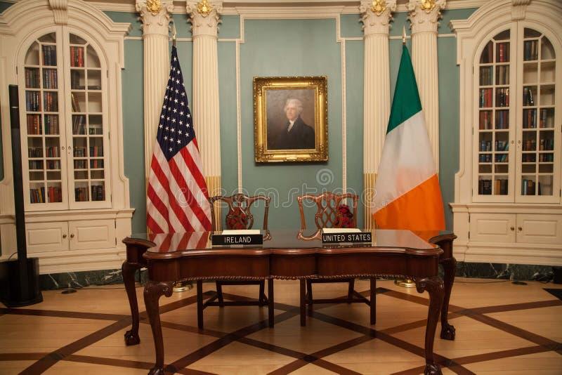 Δωδεκάμηνη ιρλανδική εργασία και ταξίδια (IWT) Μνημόνιο συμφωνίας στοκ εικόνα