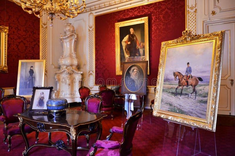 Δωμάτιο μέσα στο αυτοκρατορικό παλάτι στη Βιέννη στοκ φωτογραφία