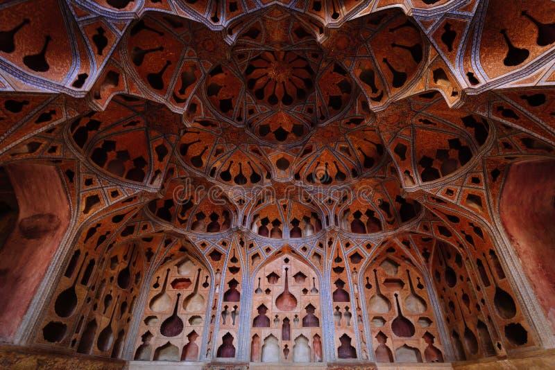 Δωμάτιο μουσικής στο παλάτι του Ali Qapu στοκ φωτογραφία