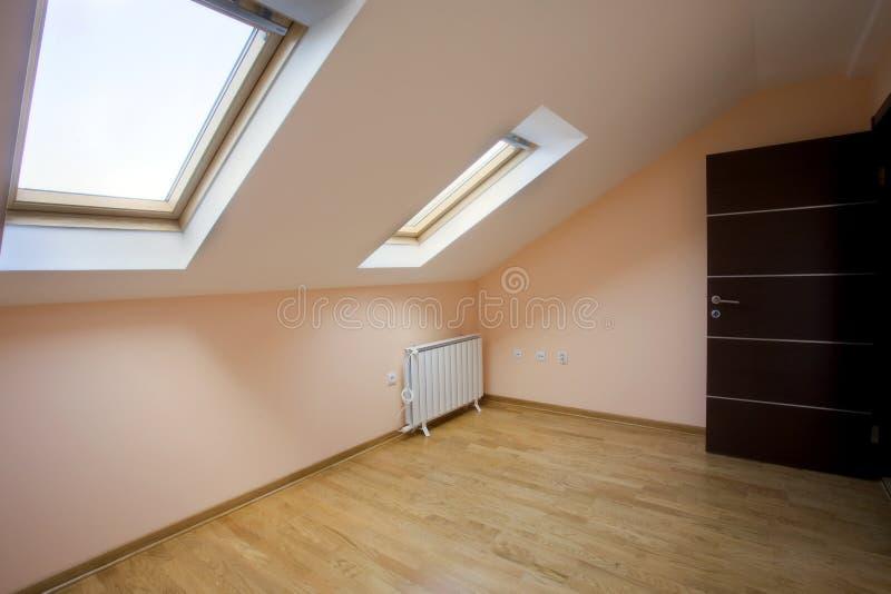 δωμάτιο σοφιτών στοκ εικόνα με δικαίωμα ελεύθερης χρήσης