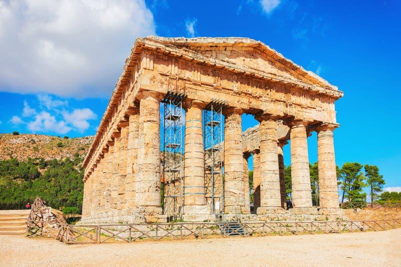 Δωρικός ναός σε Segesta στη Σικελία στοκ φωτογραφίες