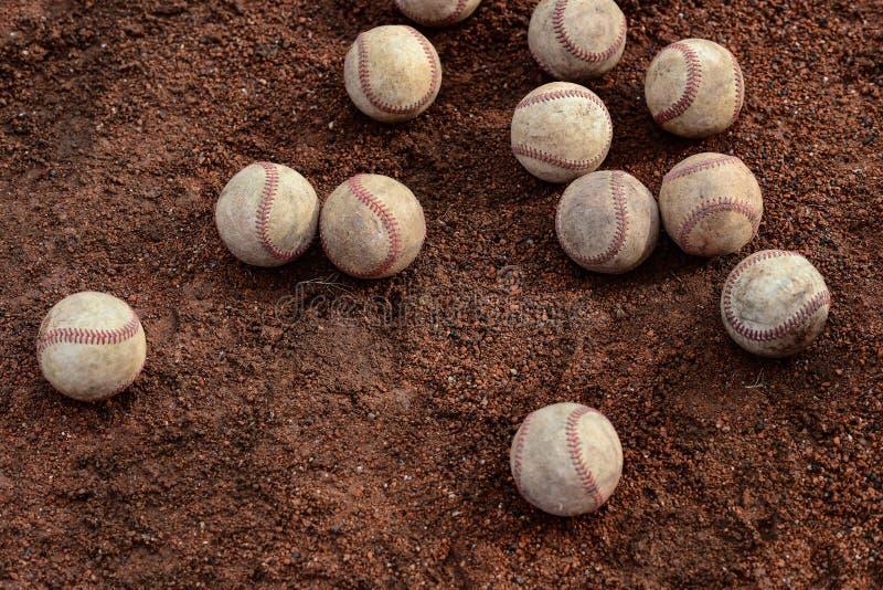 Δωδεκάδες των baseballs στοκ εικόνες