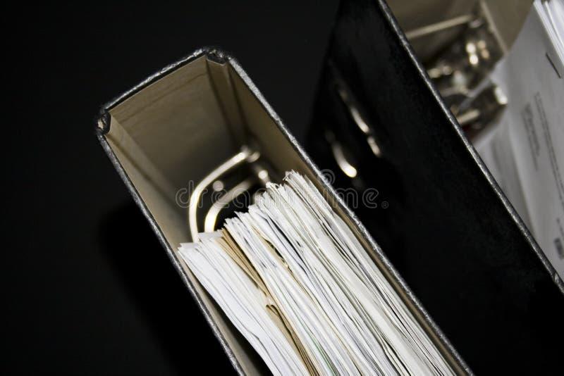 Δύο αρχεία με τα έγγραφα στοκ φωτογραφία με δικαίωμα ελεύθερης χρήσης