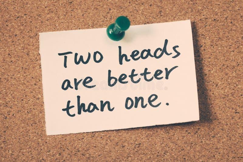 Δύο κεφάλια είναι καλύτερα από ένα στοκ φωτογραφίες