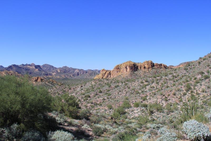 Δύση πέρα από την έρημο της Αριζόνα, νομός Pinal, Αριζόνα, ΗΠΑ στοκ φωτογραφίες