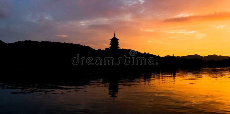 δύση σκηνής λιμνών hangzhou στοκ φωτογραφία με δικαίωμα ελεύθερης χρήσης