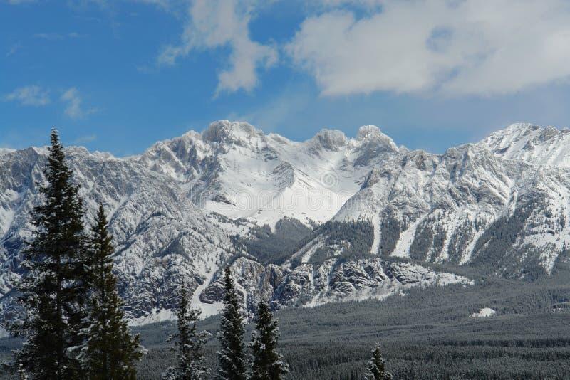 δύσκολη άνοιξη βουνών στοκ φωτογραφία με δικαίωμα ελεύθερης χρήσης