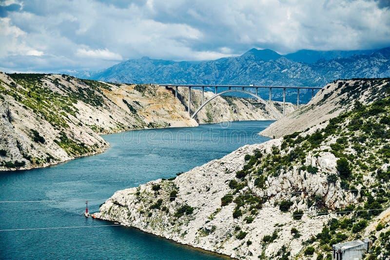 Δύσκολη ακτή του κεντρικού μέρους της Κροατίας στοκ εικόνες