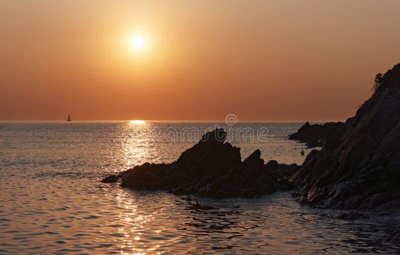 Δύσκολη ακτή Bravone στο νησί της Κορσικής στοκ εικόνες