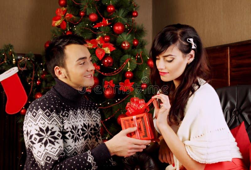Δώρα στα Χριστούγεννα στοκ εικόνα