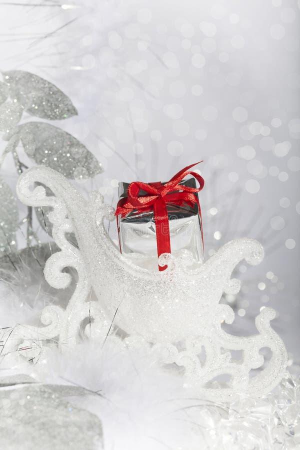 Δώρο ελκήθρων Χριστουγέννων στοκ φωτογραφία