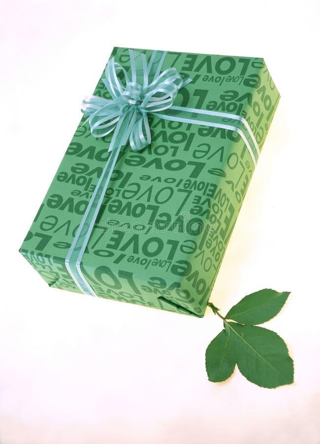 Download δώρο κιβωτίων στοκ εικόνες. εικόνα από έγγραφο, διακόσμηση - 107642