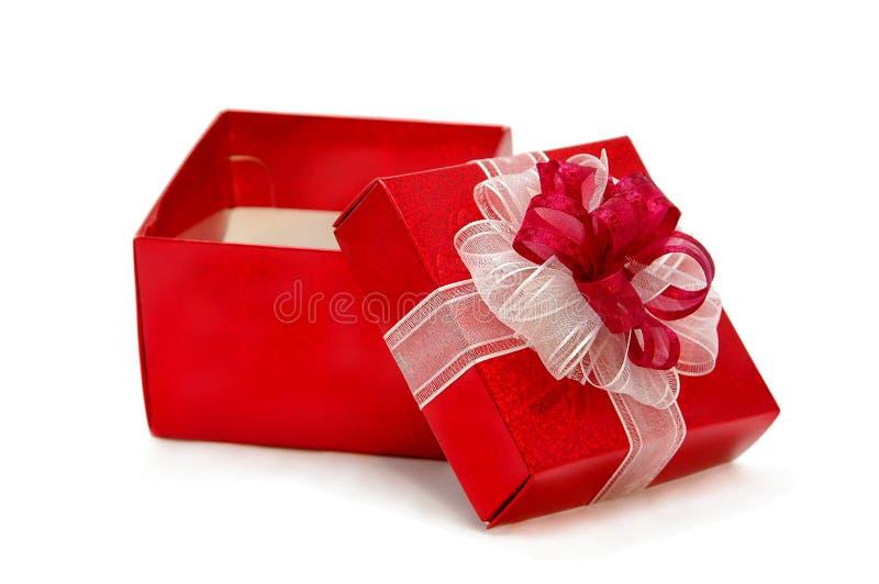 δώρο που ανοίγουν στοκ φωτογραφία με δικαίωμα ελεύθερης χρήσης
