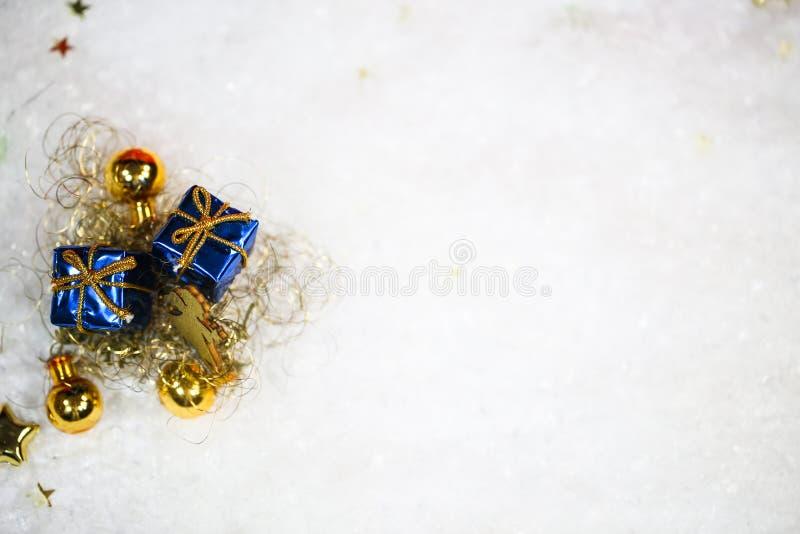 Δώρο στο χιόνι, διάστημα αντιγράφων στοκ εικόνες