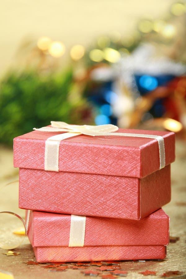δώρο Χριστουγέννων κιβωτί& στοκ φωτογραφία με δικαίωμα ελεύθερης χρήσης