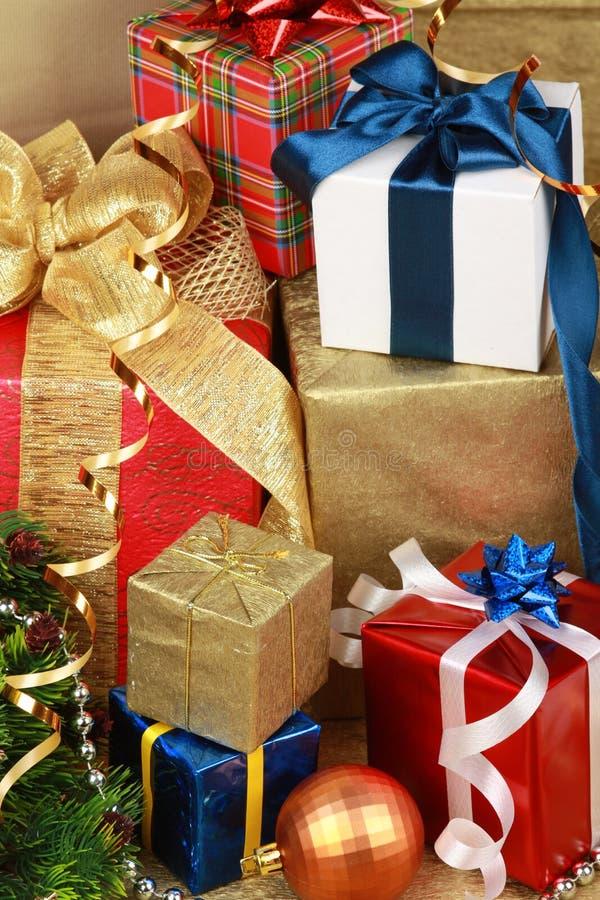 δώρο Χριστουγέννων κιβωτί& στοκ φωτογραφίες με δικαίωμα ελεύθερης χρήσης
