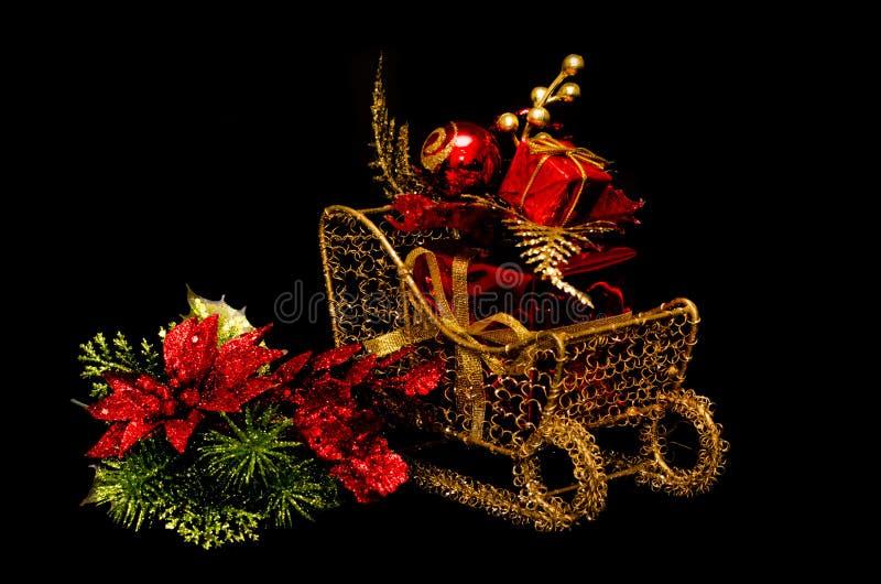 Δώρο Χριστουγέννων στο έλκηθρο στοκ φωτογραφίες με δικαίωμα ελεύθερης χρήσης