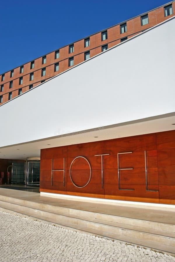 είσοδος πέντε οικοδόμησης αστέρια ξενοδοχείων στοκ εικόνες