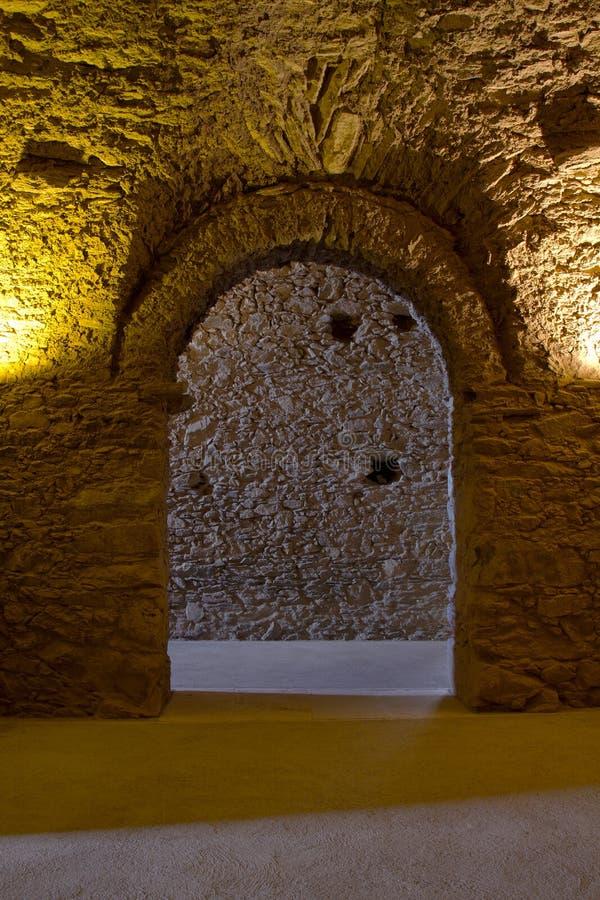 Είσοδος - Sant Pere de Rodes Monastery στοκ εικόνες