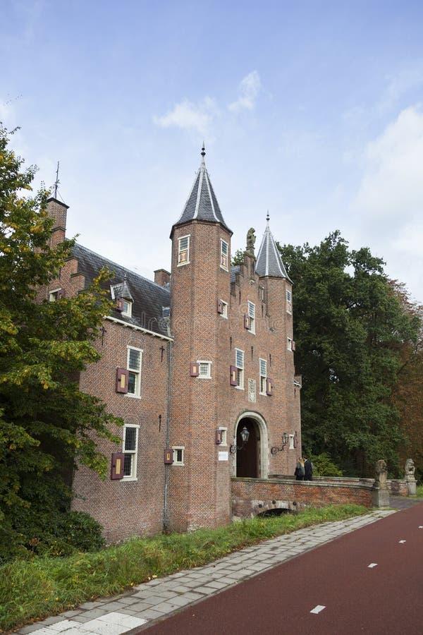 Είσοδος στο επιχειρησιακό πανεπιστήμιο nyebrode στο ολλανδικό χωριό στοκ φωτογραφία