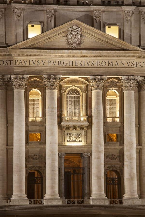 Είσοδος της βασιλικής του ST Peters στη Ρώμη πηγή Peter Ρώμη s τετραγωνικό ST Βατικανό πόλεων bernini βασιλικών ανασκόπησης Ιταλί στοκ εικόνα με δικαίωμα ελεύθερης χρήσης