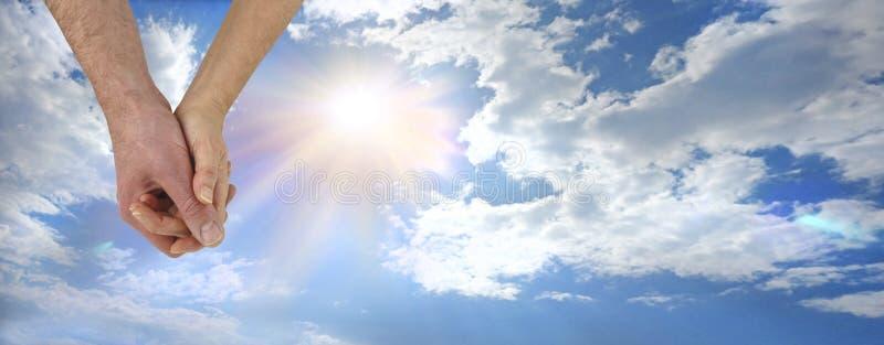 Είστε οι σύντροφοι ηλιοφάνειάς μου aoul χέρι-χέρι στοκ φωτογραφία