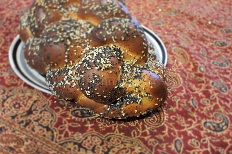 Εβραϊκή κουζίνα και τρόφιμα ψωμιού Challah στοκ εικόνες