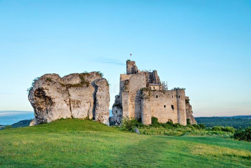 Εγκαταλειμμένες καταστροφές 14ου Mirow Castle, Πολωνία στοκ εικόνες με δικαίωμα ελεύθερης χρήσης