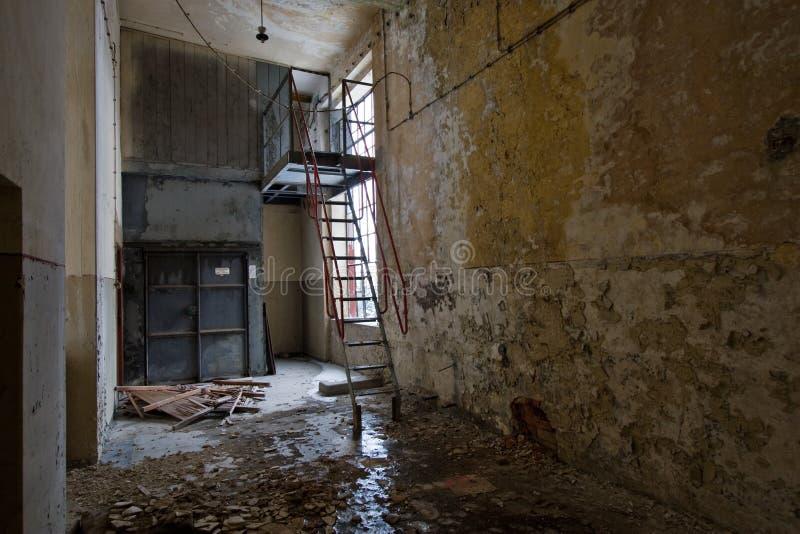 εγκαταλειμμένος διάδρ&omicron στοκ φωτογραφία