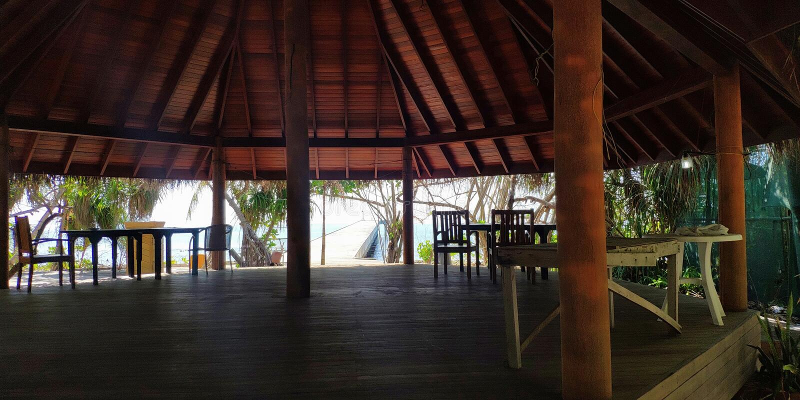 Εγκαταλειμμένο ξενοδοχείο Νησί Maaga Μαλδίβες στοκ φωτογραφίες