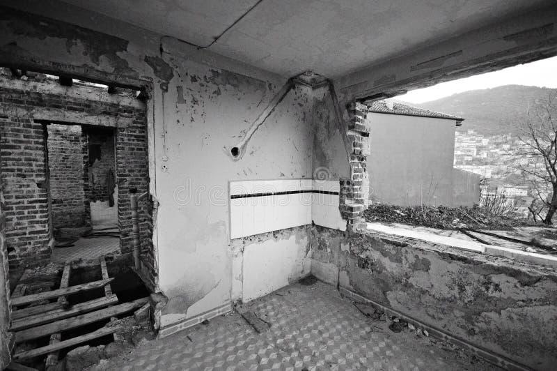 εγκαταλειμμένο σπίτι πα&lambda στοκ φωτογραφίες