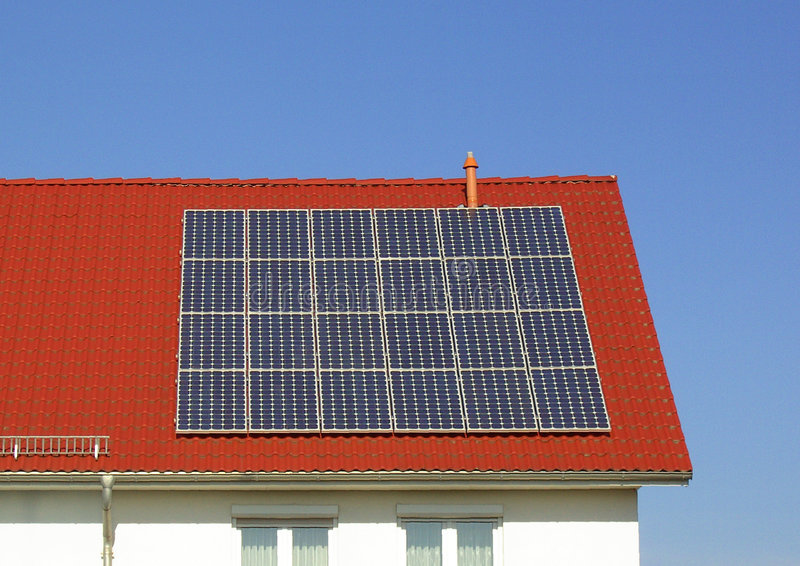 εγκαταστάσεις ηλιακής παραγωγής ενέργειας στοκ φωτογραφίες