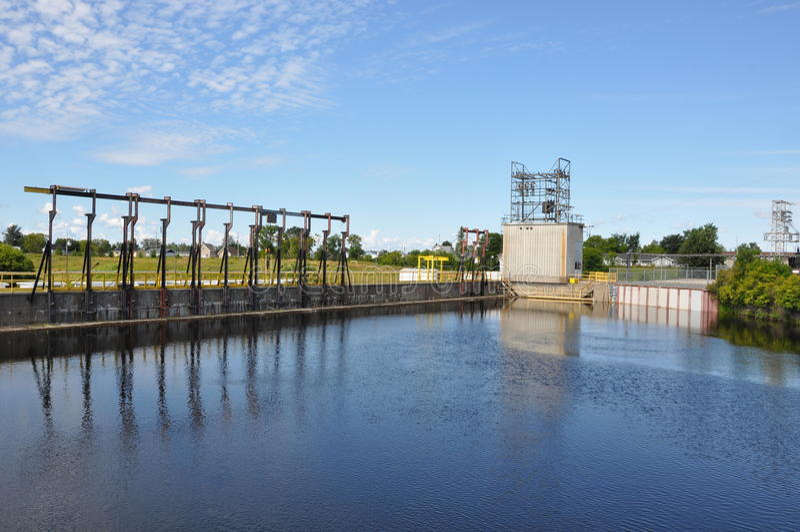 Εγκαταστάσεις κατεργασίας ύδατος στοκ φωτογραφίες