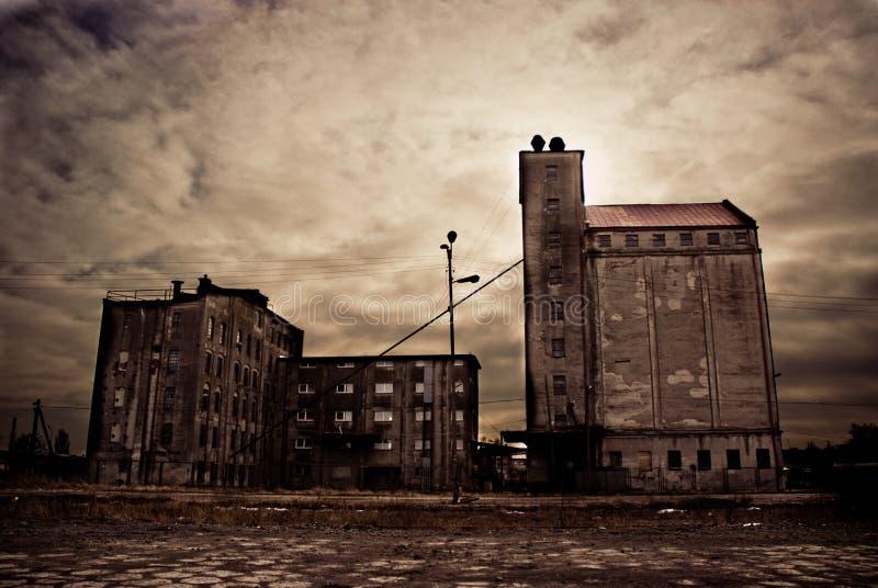 Εγκαταλειμμένα βιομηχανικά κτήρια στοκ φωτογραφίες με δικαίωμα ελεύθερης χρήσης
