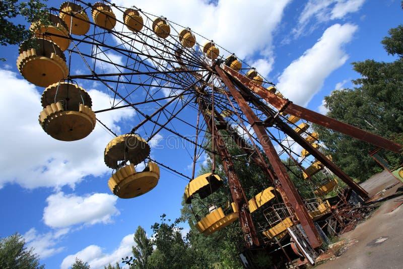 Εγκαταλειμμένη ρόδα Ferris, ακραίος τουρισμός στο Τσέρνομπιλ στοκ εικόνες με δικαίωμα ελεύθερης χρήσης