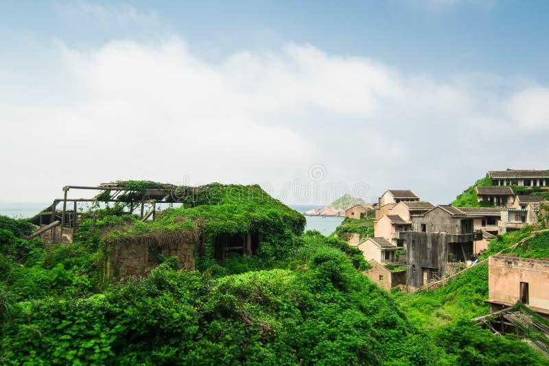 Εγκαταλειμμένος στεγασμένος στο νησί Gouqi στοκ εικόνα με δικαίωμα ελεύθερης χρήσης