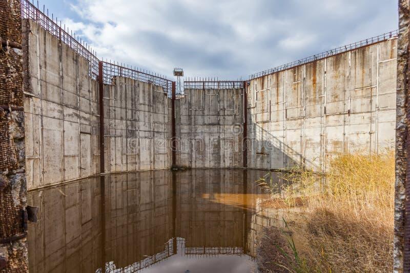 Εγκαταλειμμένο εργοτάξιο οικοδομής πυρηνικών σταθμών, Πολωνία. στοκ εικόνα με δικαίωμα ελεύθερης χρήσης