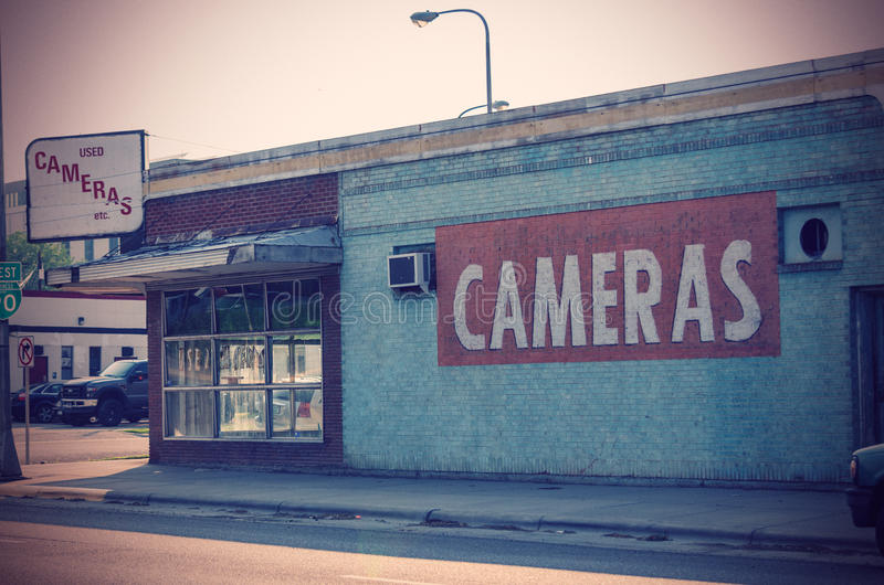Εγκαταλειμμένο κατάστημα καμερών στοκ φωτογραφία