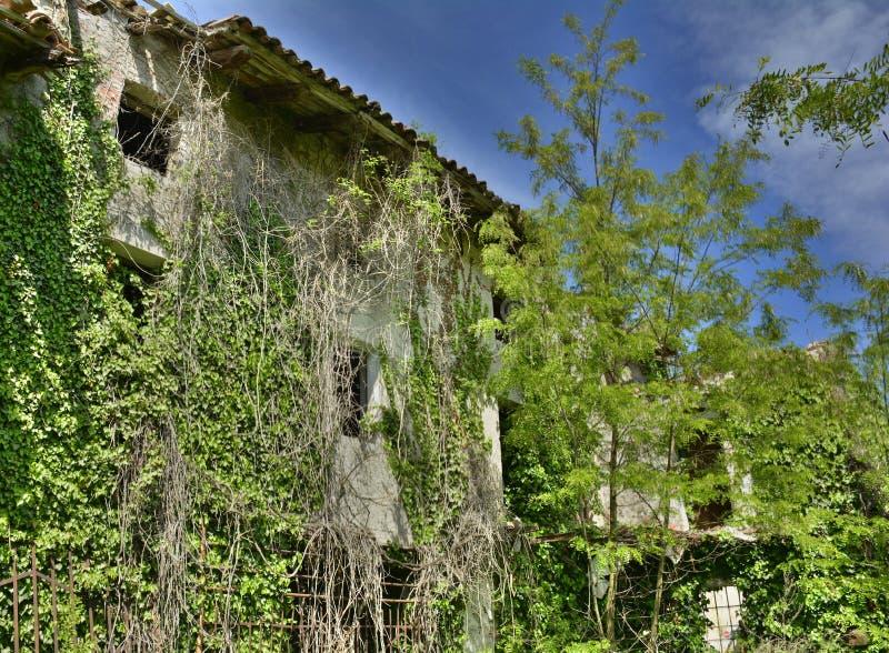 Εγκαταλελειμμένη ιταλική αγροικία στοκ φωτογραφίες