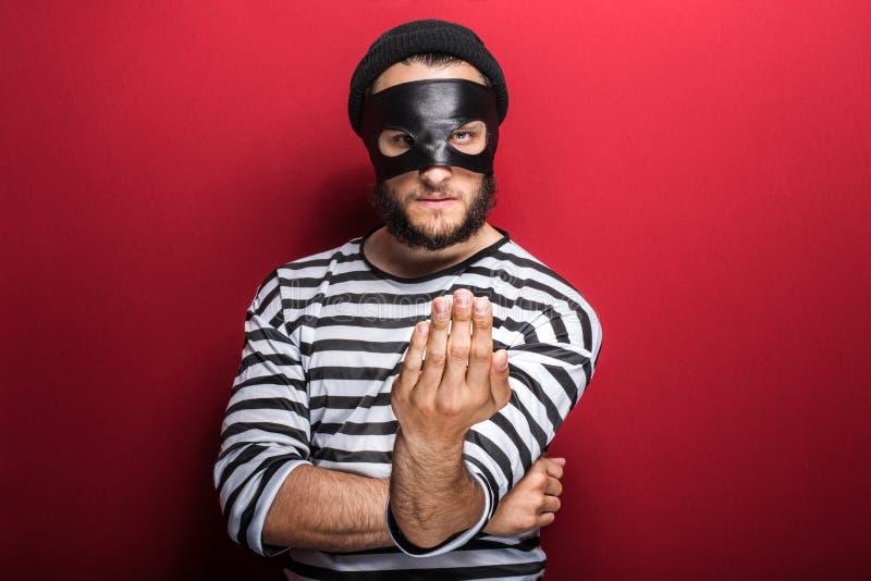 εγκληματική πρόσκληση με το χέριη στοκ φωτογραφία με δικαίωμα ελεύθερης χρήσης
