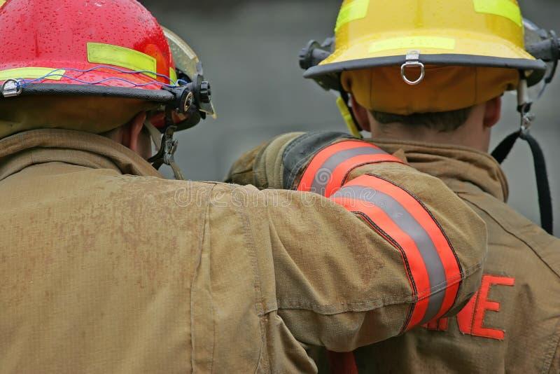 εθελοντείς πυροσβέστες στοκ εικόνα με δικαίωμα ελεύθερης χρήσης