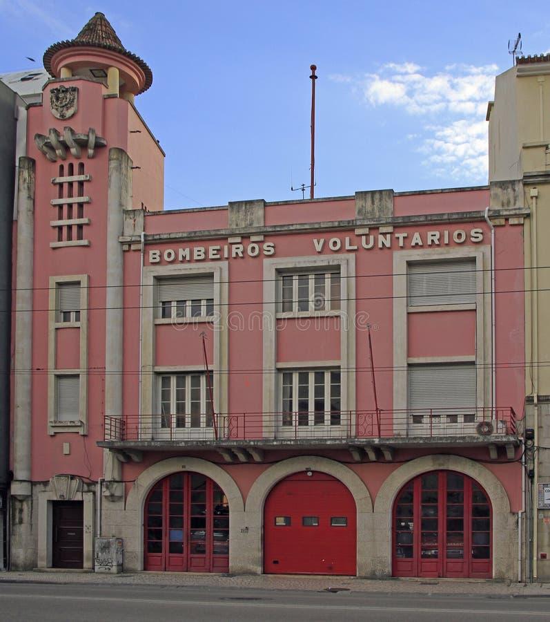 Εθελοντικός πυροσβεστικός σταθμός στην πόλη Αβέιρο, Πορτογαλία στοκ εικόνα