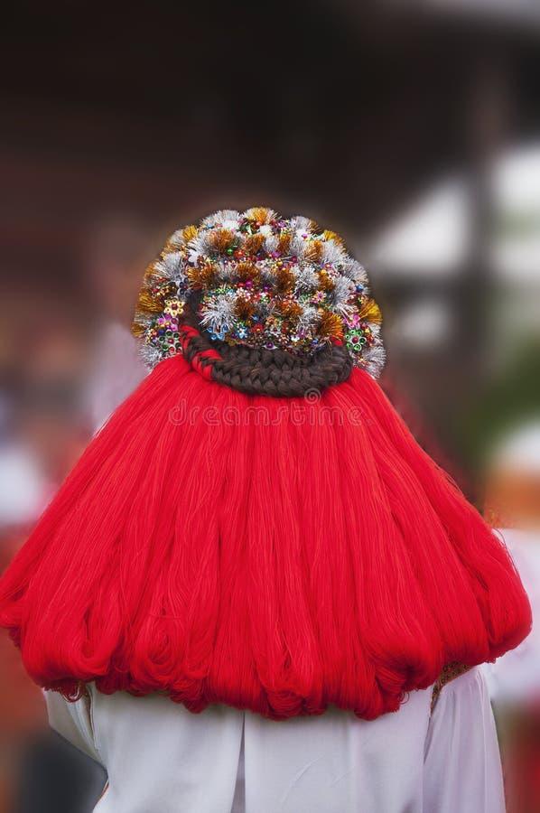 Εθνικά headdress Γαμήλιο στεφάνι Παραδόσεις της περιοχής βουνών στοκ εικόνες