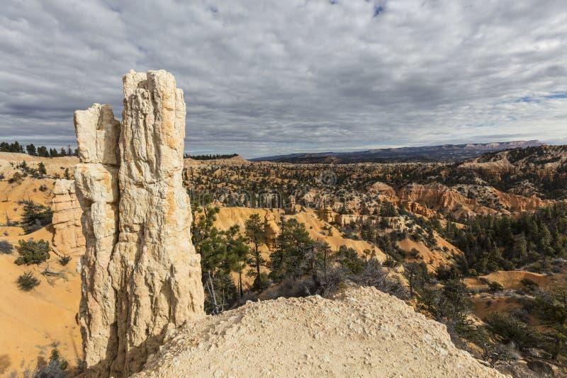 Εθνική άποψη Hoodoo πάρκων φαραγγιών του Bryce στοκ φωτογραφία