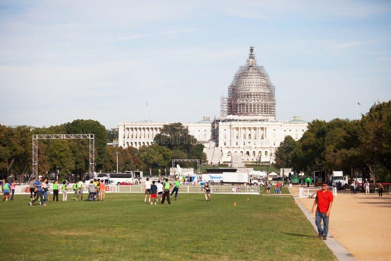 Εθνική λεωφόρος και αποκατάσταση οικοδόμησης Capitol στοκ φωτογραφίες