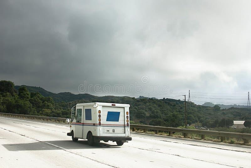 εθνική οδός αυτοκινήτων ταχυδρομική στοκ εικόνα με δικαίωμα ελεύθερης χρήσης